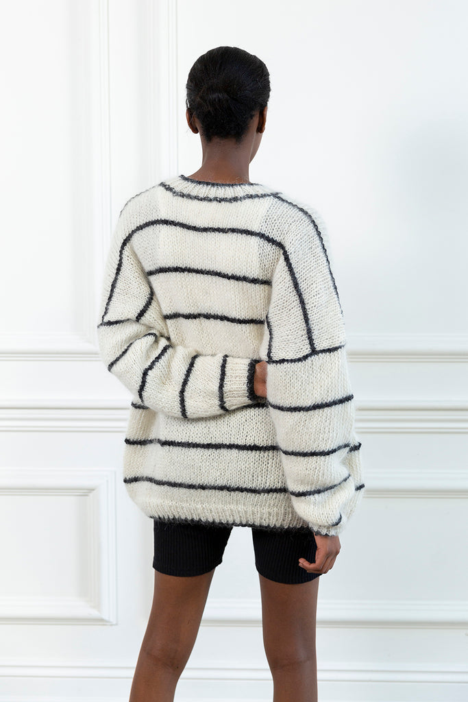 Outline Hand Knit Sweater