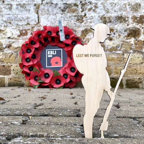 Wooden Tommy & Remembrance Card