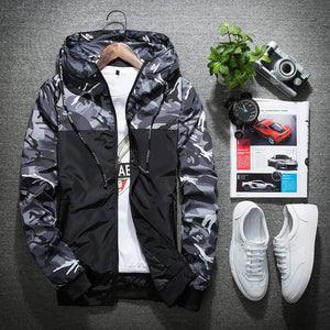 Camouflage Lightweight hooded jacket.