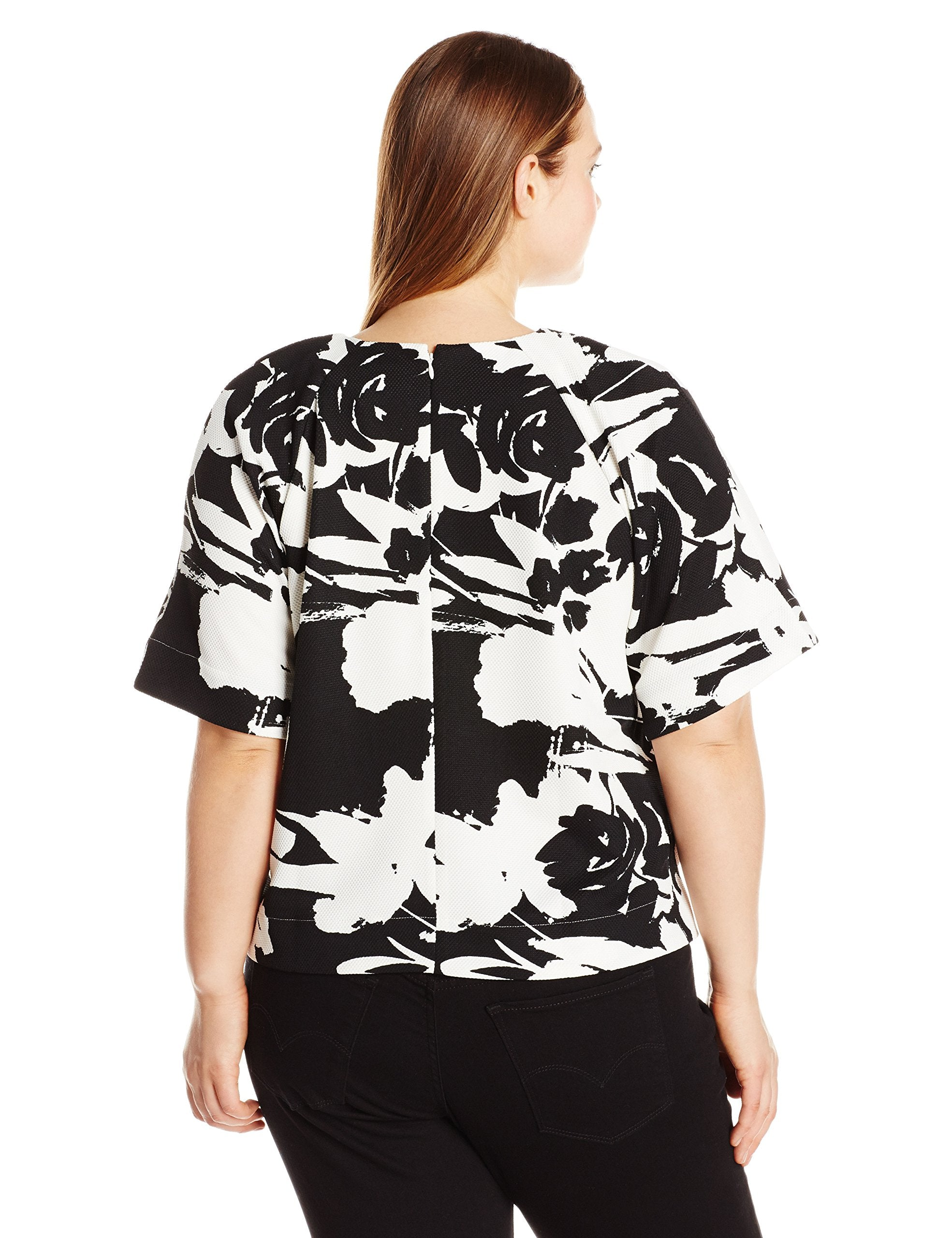 Joan Vass Women's Plus Size Printed Pique Top.