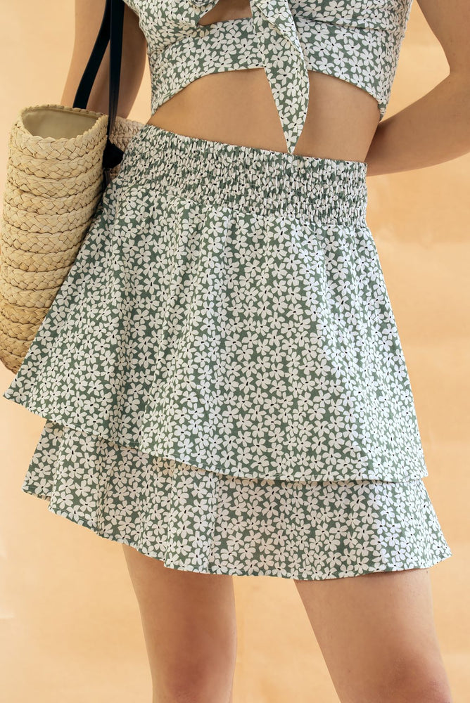 Sasha - Green With White Daisy Mini Skirt