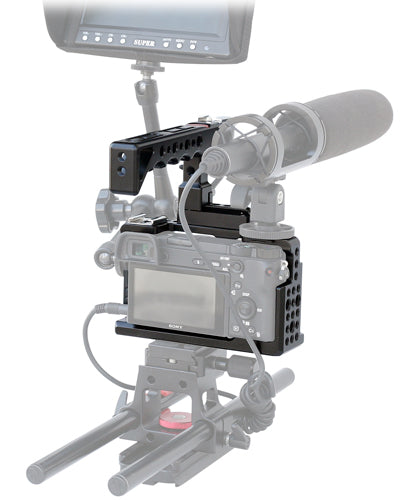 Accessory mounting option cage
