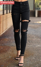 Load image into Gallery viewer, Kan Can Distressed Jeans in Black
