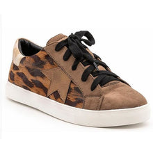 Load image into Gallery viewer, Super Star Leopard Sneakers