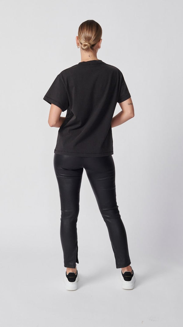 Baseline Logo Tee - Washed Black