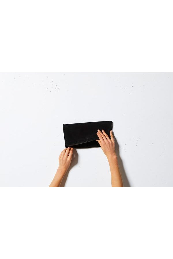 Feel the Night Clutch-Black