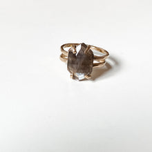 Load image into Gallery viewer, shai ring #4 - size 4