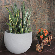 Load image into Gallery viewer, Rustic Round Planter