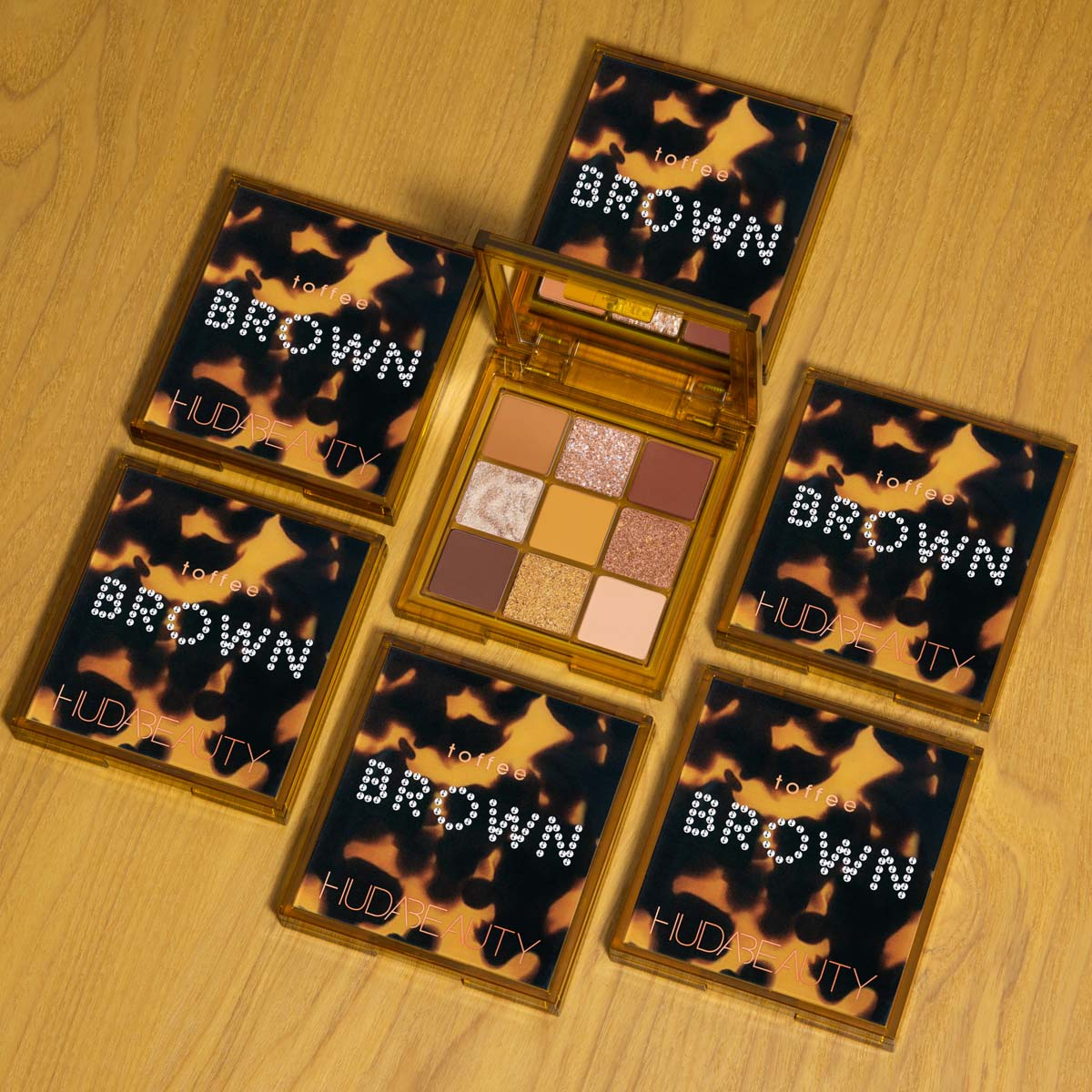 Huda Beauty Brown Obsessions Eyeshadow Palette Toffee 7.5g