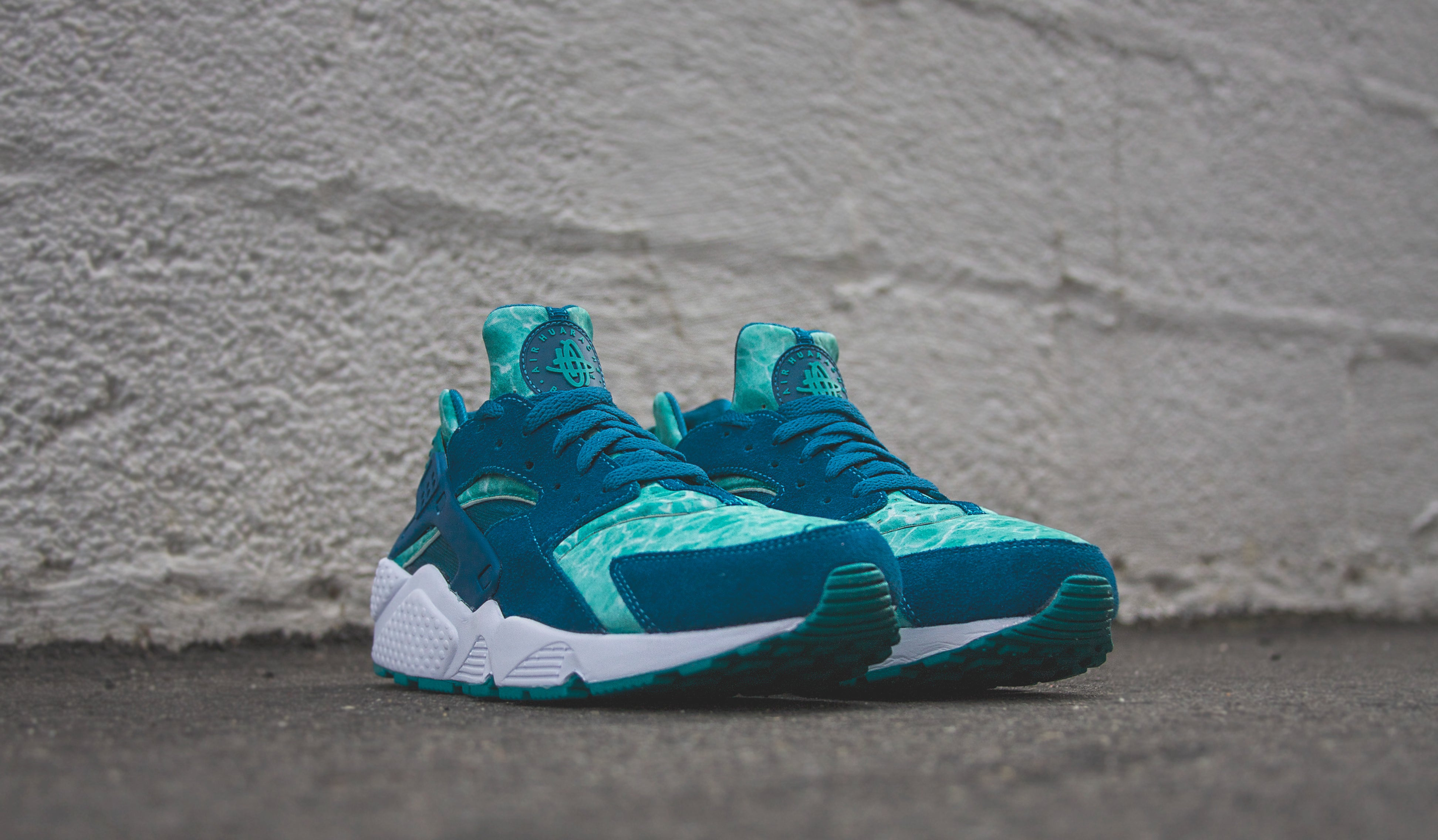 big sale 0ca20 44f19 The Nike Huarache Drops in a Green Abyss and Turbo Green  Nike Air Huarache  Color Green Abyss Turbo Green Style Code 318429- ...