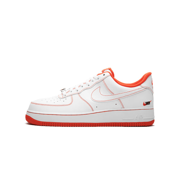 Nike Mens Air Force 1 '07 LV8 EMB Shoes