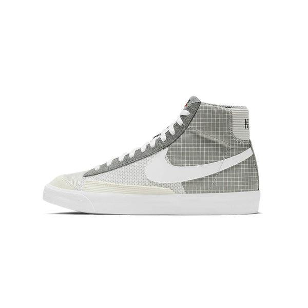 Nike Mens Blazer Mid '77 Patch Shoes