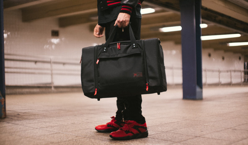 "RISE for hex ""new york is for lovers"" sneaker duffle (HX2076)"