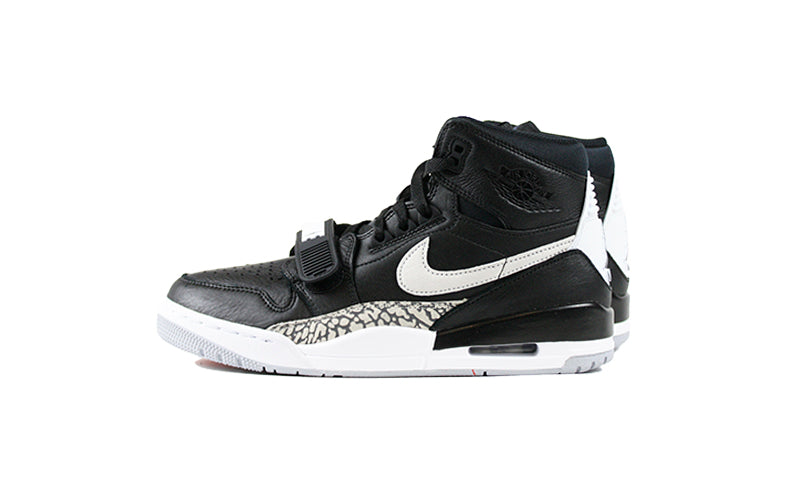 Air Jordan Legacy 312 'Black Cement' (AV3922-001)