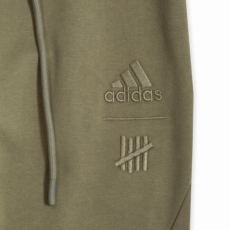 adidas x UNDEFEATED Sweat Pant (DY3261)