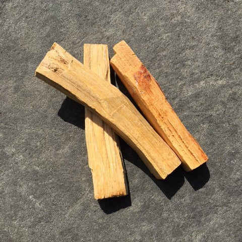 Palo Santo (3 sticks bundle) | Positive Vibrations | Banishes Negative Energies - Life Gardening Tools LLC