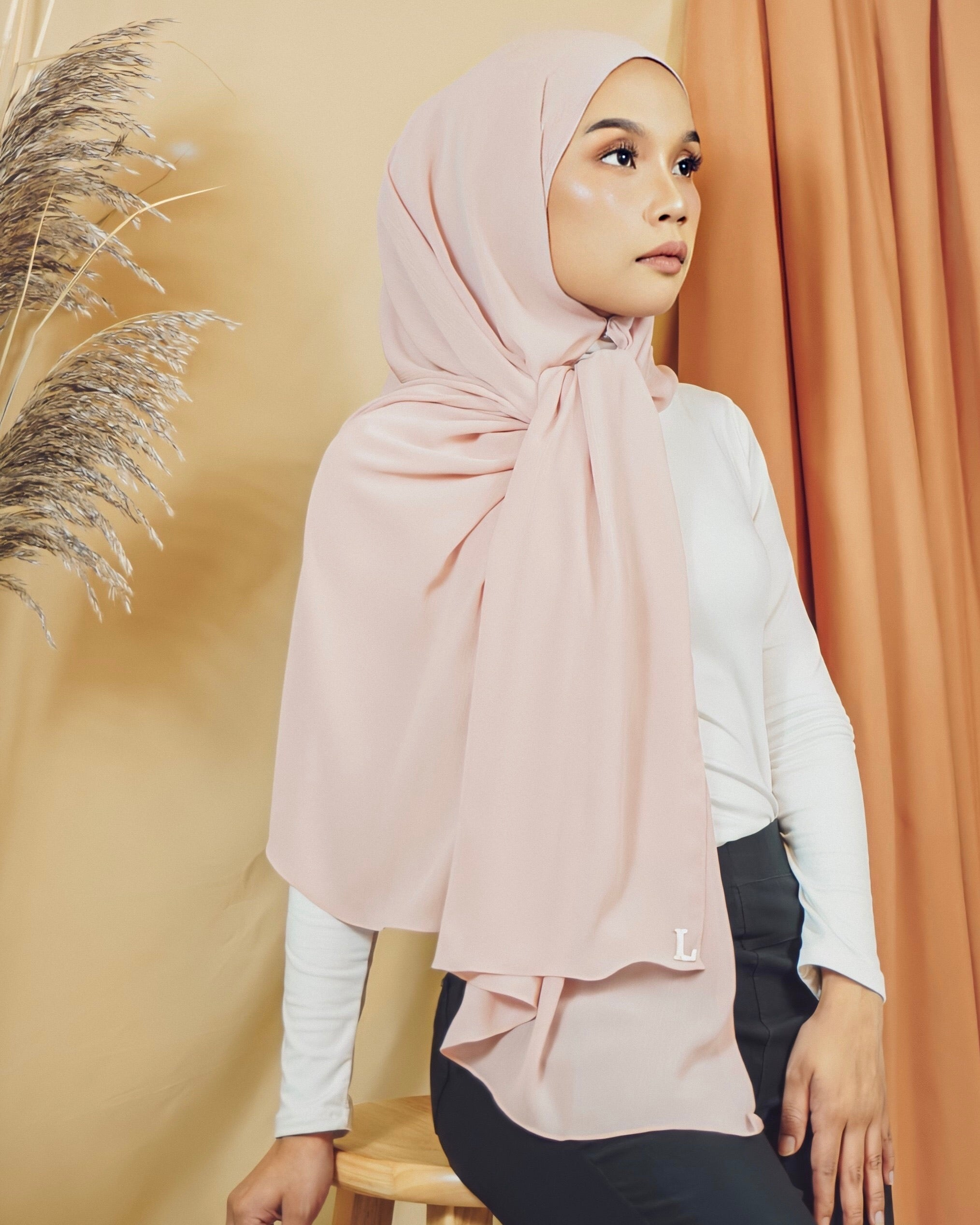 Selma Luxe Chiffon in Pearl Blush - Defect