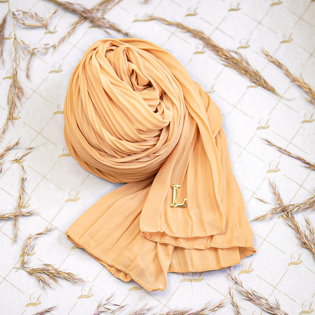 Cik Kiah Semi-Pleated in Honey Gold