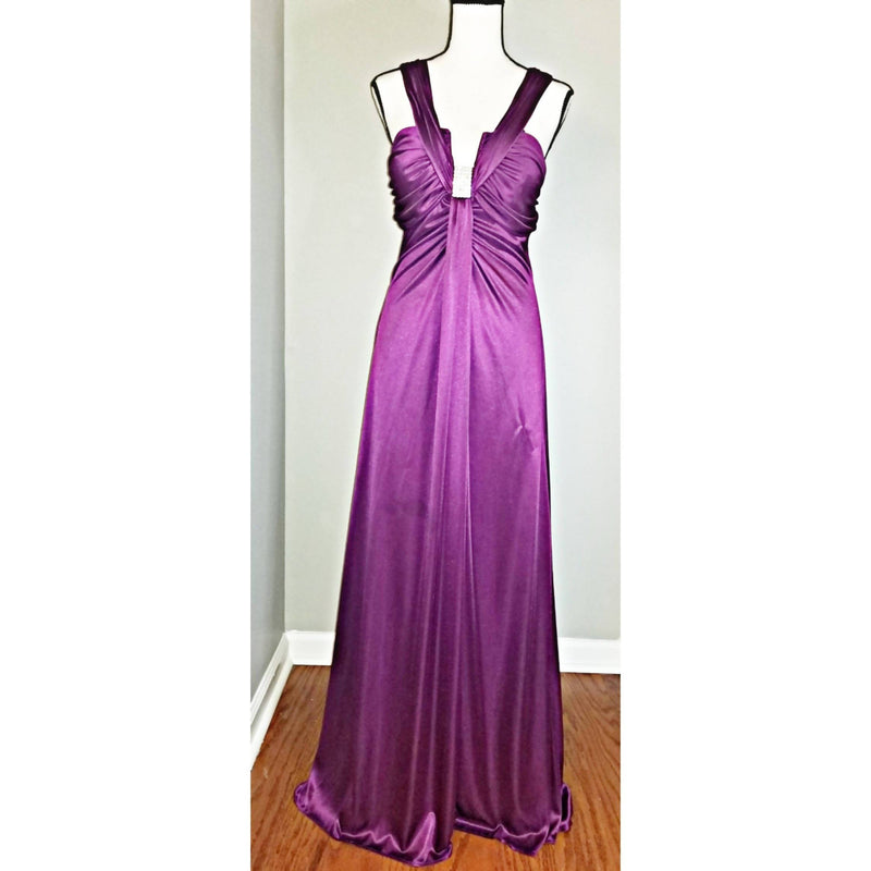 Magenta Flowy Long Gown - Size 13/14