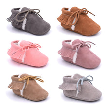 Load image into Gallery viewer, 0-12M Toddler Baby Winter Tassel Soft Shoes First Walkers Shoes