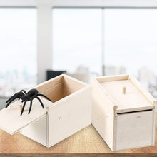 Load image into Gallery viewer, Christmas Sale!! Super Funny Crazy Prank Gift Box Spider