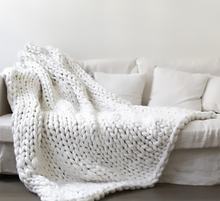 Load image into Gallery viewer, High-end Chunky Knit Blanket Mat