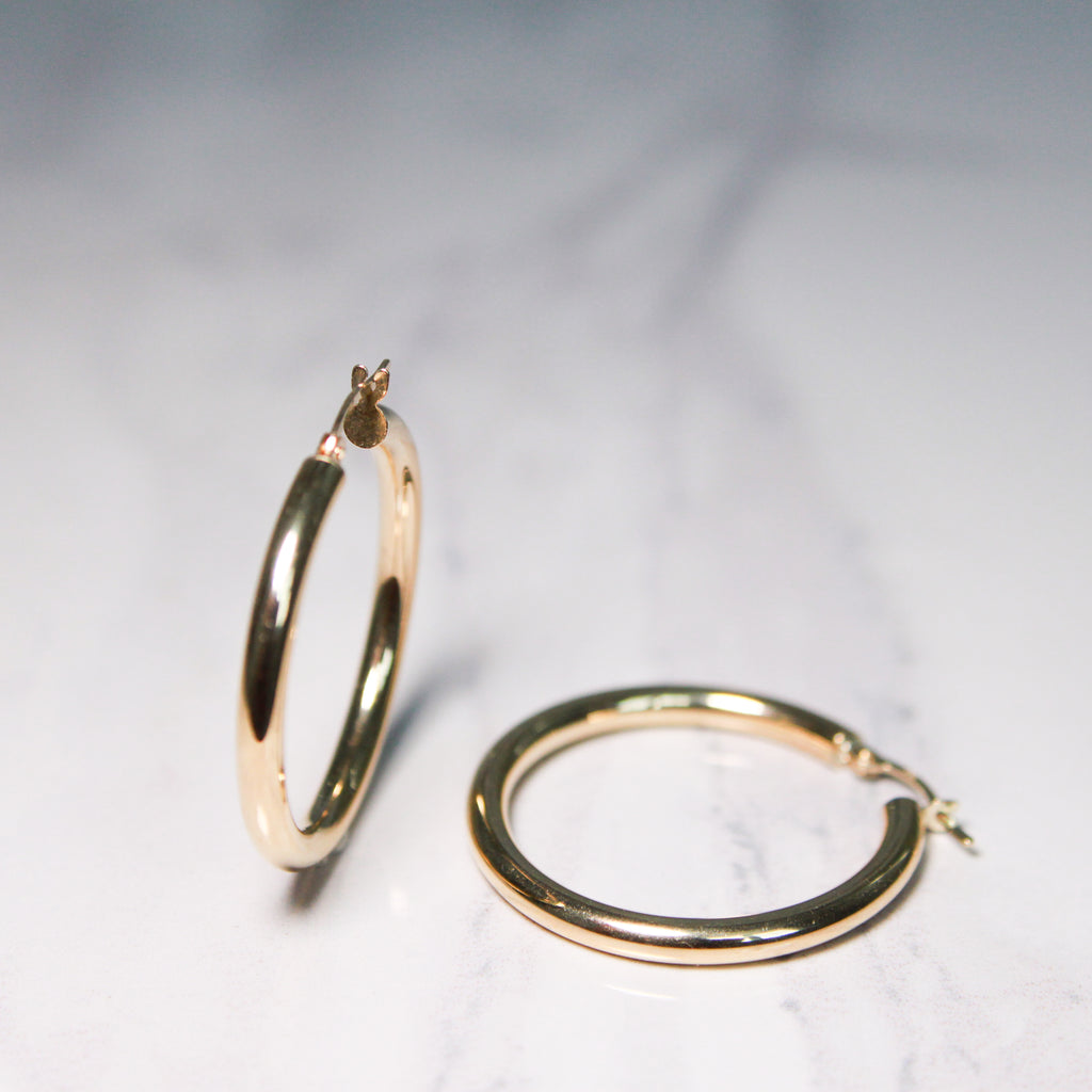 3 mm Yellow Gold Tube Hoops