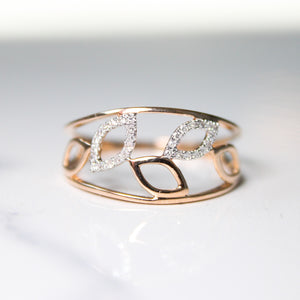 Leaf Design Natural Diamond Ring