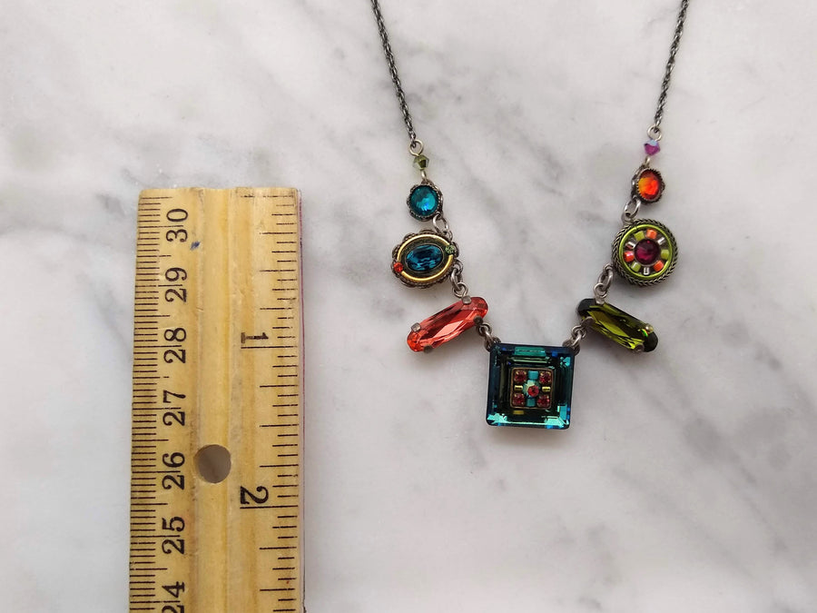 Cool Geometric Chase Necklace