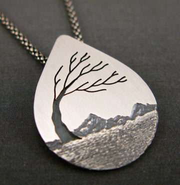Windy Tree Waterdrop Pendant