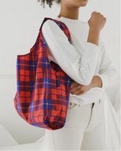 Load image into Gallery viewer, Baggu Standard Bag Red Tartan