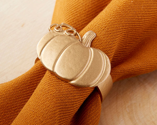 Pumpkin Napkin Rings |  7 Pumpkin Favors for Your Fall Wedding | My Wedding Favors