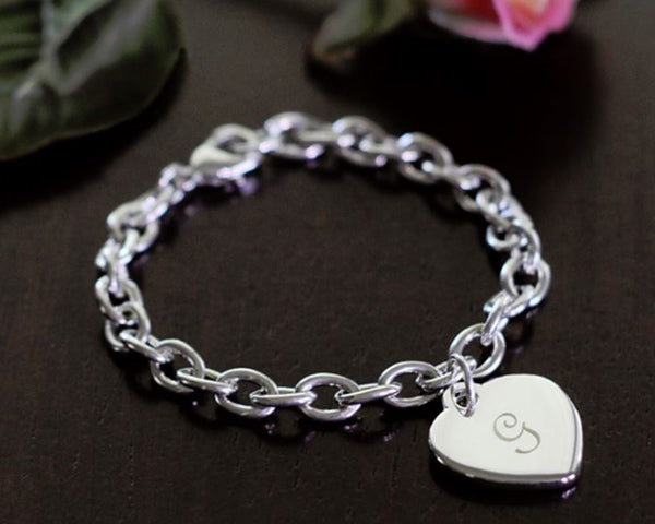 Personalized  Bracelet | 8 Personalized Bridesmaid Gifts | My Wedding Favors