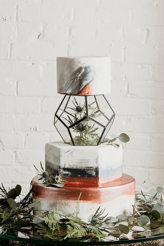 Geometric Cakes | 7 Wedding Cake Trends for 2019 | My Wedding Favors