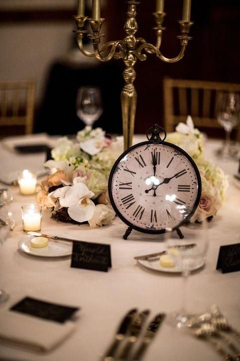 New Year's Eve Wedding: Clocks