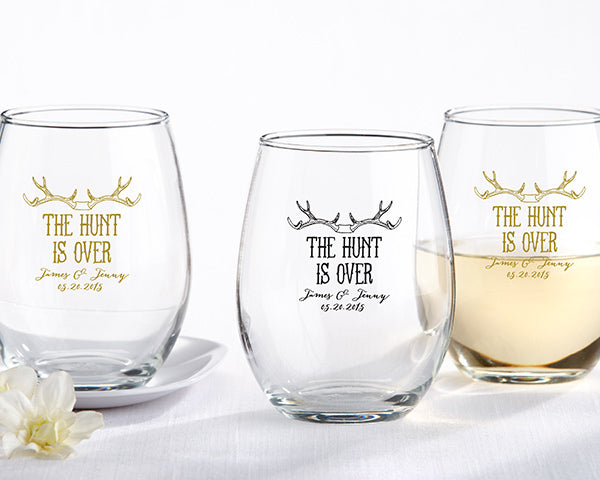 Stemless Wine Glasses | Must-Haves for the Perfect Engagement Party | My Wedding Favors