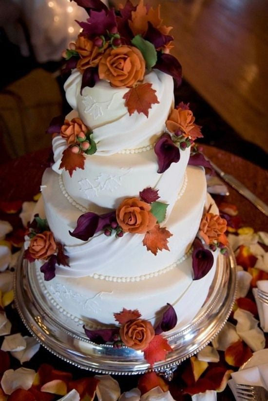 Treats for Your Autumn Wedding: Autumn Wedding Cake