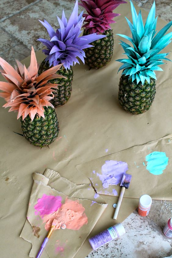 Painted Pineapples | How to Throw a Pineapple Themed Bachelorette Party | My Wedding Favors