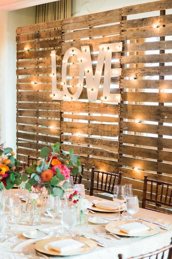 Wood Pallets | 8 Decor Ideas for a Rustic Bridal Shower | My Wedding Favors