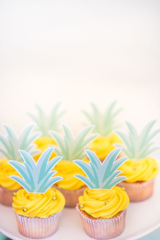 Pineapple Cupcakes | How to Throw a Pineapple Themed Bachelorette Party | My Wedding Favors