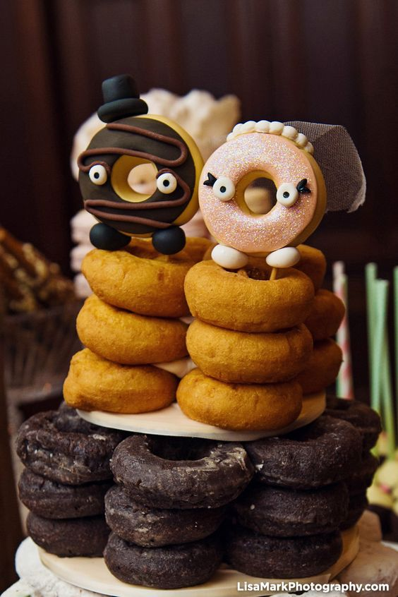Doughnut Cake Toppers | Incorporating Donuts Into Your Wedding | My Wedding Favors