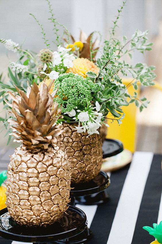 Pineapple and Palms Wedding: Gold Pineapple