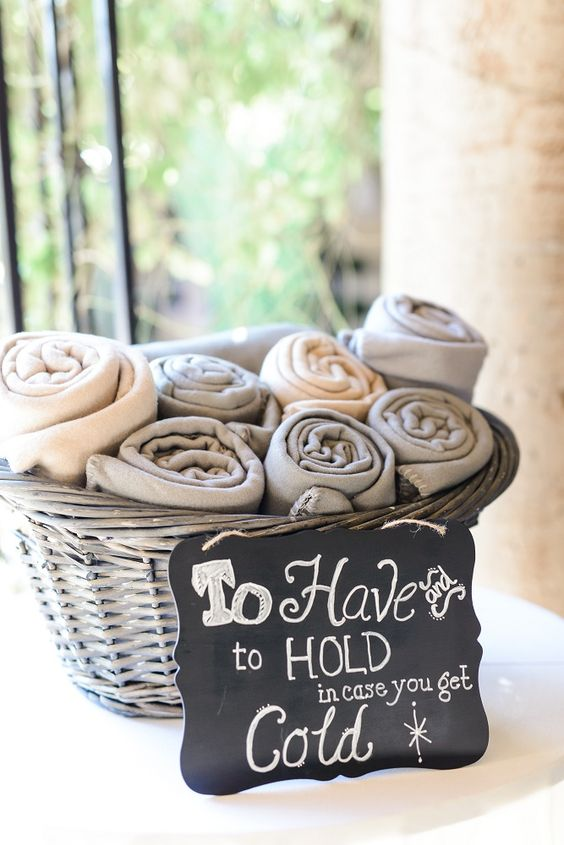 Winter Wedding: Blanket Basket