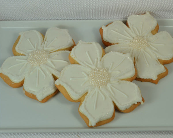 Flower Cookies | 7 Delicious and Adorable Wedding Cookies | My Wedding Favors