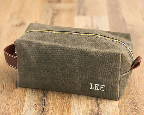 Waxed Canvas Leather Toiletry Bag | 6 Thoughtful Anniversary Gifts for Your Spouse | My Wedding Favors