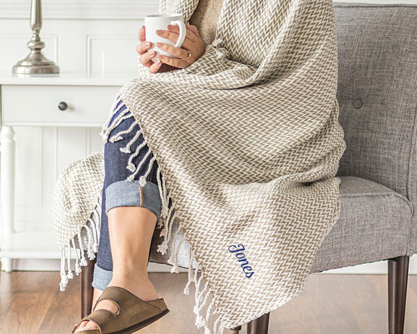 Herringbone Throw | 7 Gifts for the Mother of the Bride | My Wedding Favors