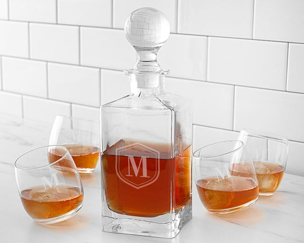 Whiskey Decanter Set | 6 Thoughtful Anniversary Gifts for Your Spouse | My Wedding Favors