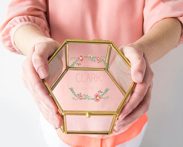 Glass Keepsake Box | 7 Gifts for the Mother of the Bride | My Wedding Favors