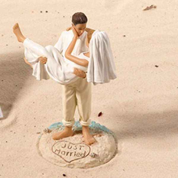 Cake Topper | How to Decorate for an Elegant Beach Wedding | My Wedding Favors