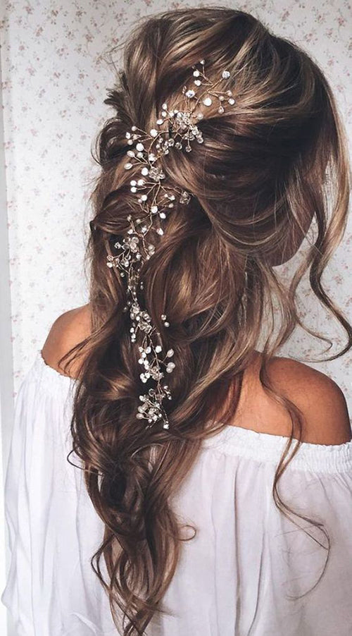 Wedding Hair Style- Half Updo | Wedding Hairstyle Trends for 2019 | My Wedding Favors